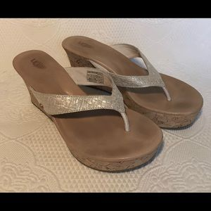 UGG Cork Wedge Natassia platform leather sandal